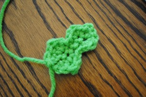 Crochet Small Holly Leaf Only New Crochet Patterns