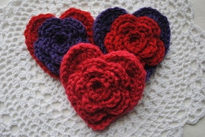0082 300x200 Free Valentines Day Heart Pattern Layered Daisy in a Heart