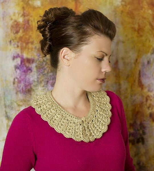 add some handmade vintage flair to almost any outfit by just adding this simple crochet project.