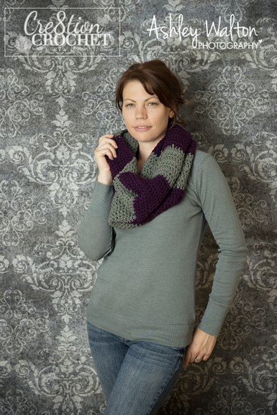 Bulky Striped Cowl