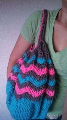 Crochet Finds November 24, 2014 Chevron Bag Pattern