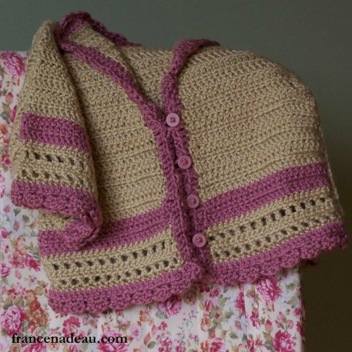 Crochet Finds November 21, 2014 Girls Sweater Crochet Pattern