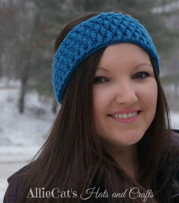 Free Ear Warmer Pattern Frozen Beaches - Cre8tion Crochet