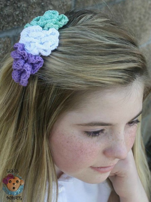 Crochet Rose Hair Clip Pattern : ... Hair Accessory Pattern The Pixie Blossom Hair Comb - Cre8tion Crochet