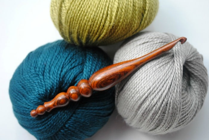 Win your very own hand-carved Furls hook with the Cre8tion Crochet Furls Hook review and giveaway.  Pure luxury.