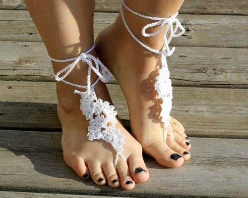 Spring Fan Barefoot Sandals free crochet pattern