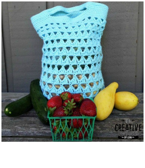 Triangle Stitch Market Bag. This free crochet pattern is perfect for farmers markets, grocery shopping or even for the beach. Looks great in one color or two.