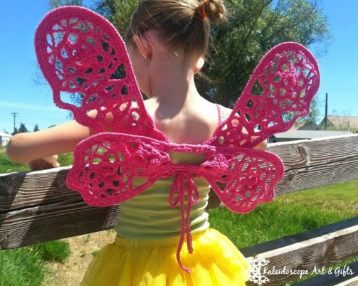 Enchanted Ivy Wings.  Free pattern.  What little girl wouldn't want a pair of these