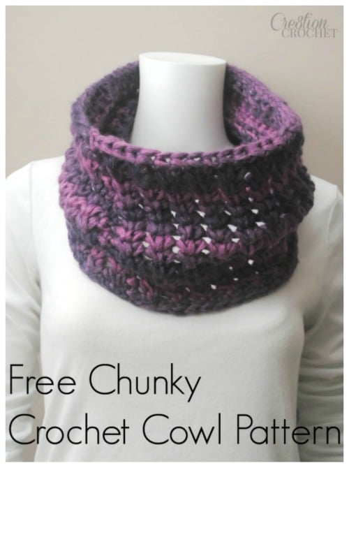 Free chunky crochet cowl pattern using Infinity yarn in Enchanted by #redheartyarns designed by #cre8tioncrochet