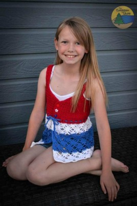 Beach Grass Tank Top Pattern for girls.  Free pattern in size 2 by The Evergreen Shores.  Larger sizes available on Ravelry.