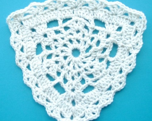 free triangle lace crochet pattern