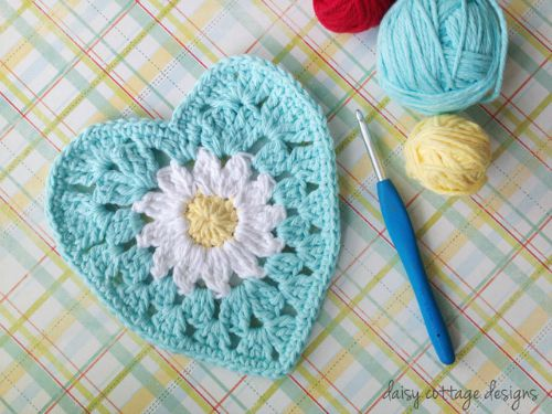 Granny Heart Crochet Pattern Daisy in the Center