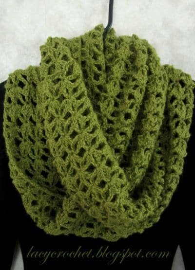 Crochet Pattern For Lacy Infinity Scarf : Fall Crochet Fashion Trends of 2015 - Scarves and Cowls ...
