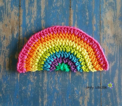 Rainbow Daze Free Washcloth:Dishcloth Crochet Pattern