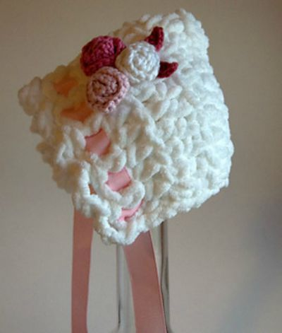 Toot Sweet Newborn Bonnet
