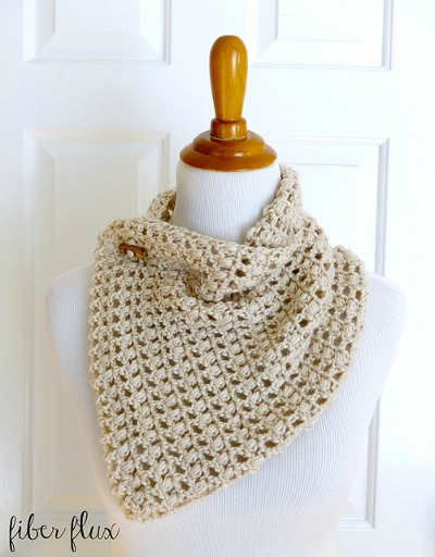 French Vanilla Button Cowl