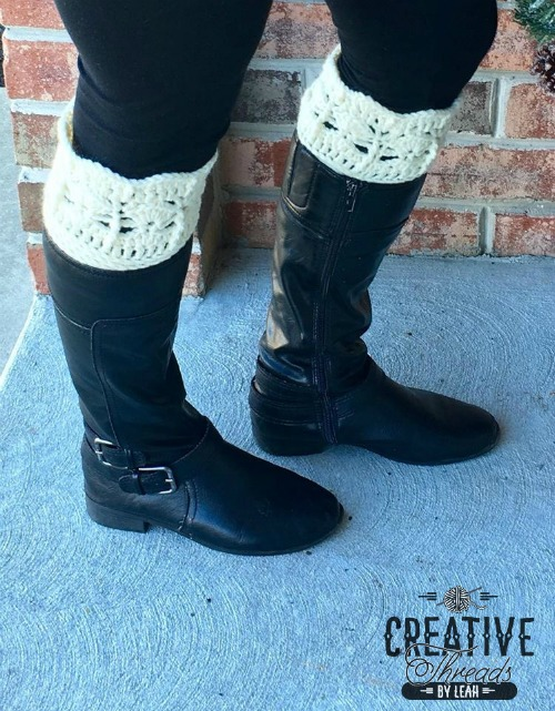 Icy Trellis Boot Cuffs free croceht pattern