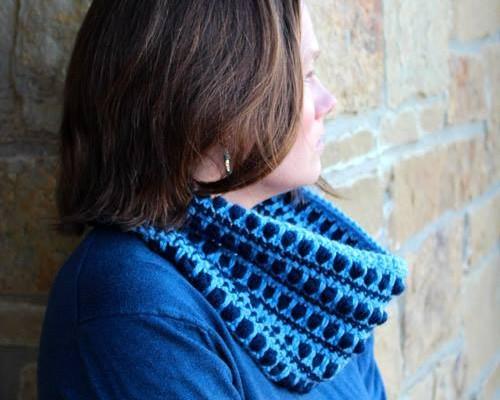 Hermosa Free Crochet Cowl Pattern
