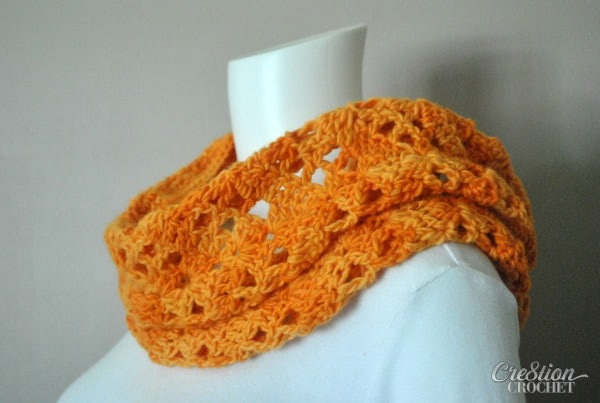Orange Sorbet Cowl. Original design by Lorene Eppolite of Cre8tion Crochet. Free Pattern.