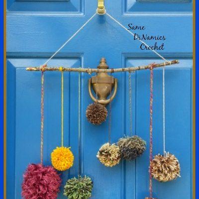 Pompom Front Door Decoration Free Pattern