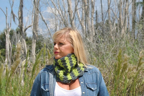 Brave Vertical Striped Cowl