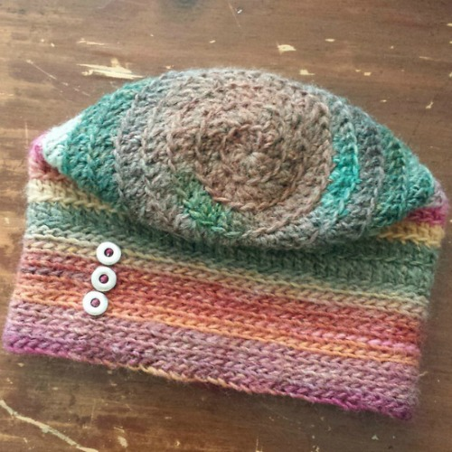 fall-for-me-spiral-hat