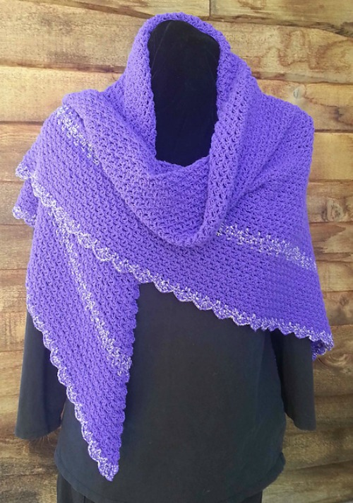 playing-with-triangles-shawl