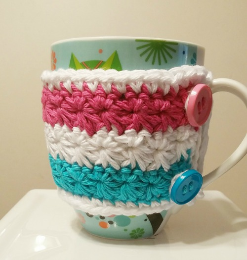 wrapped-in-stars-mug-cozy